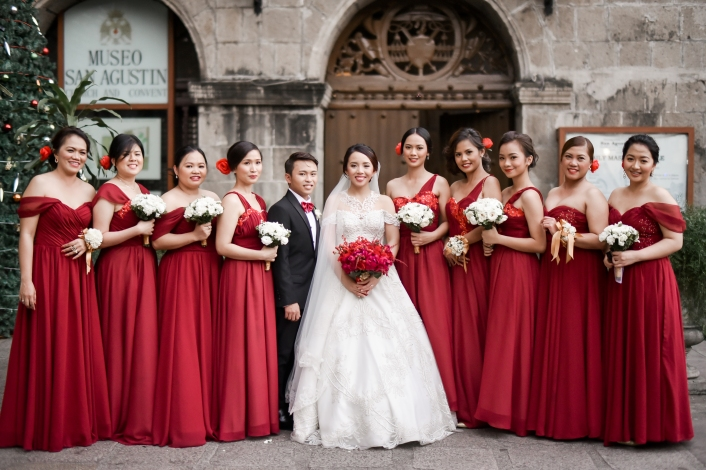 Me And The Rest Of Our Female Entourage With Man Honor My Bridal Gown By Mel Orlina Gowns Rommel Espera