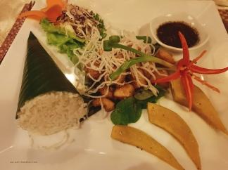Khmer dinner set